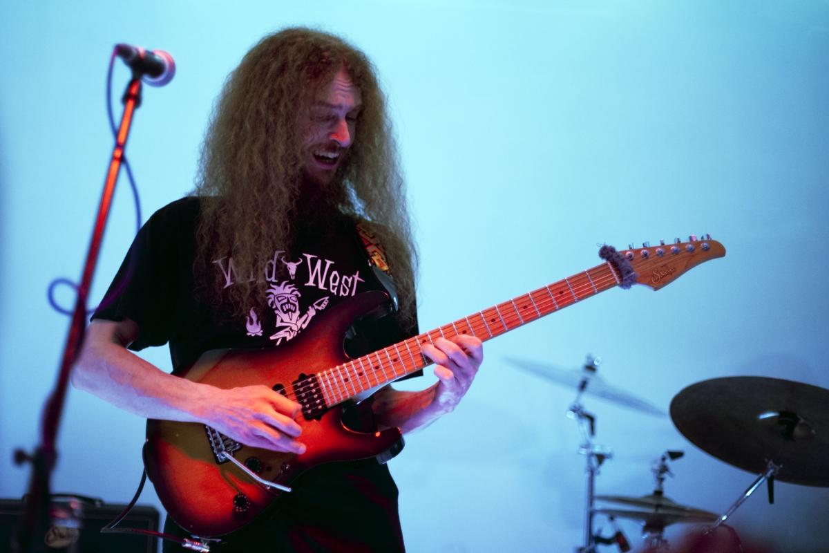 Dette er verdens beste gitarist